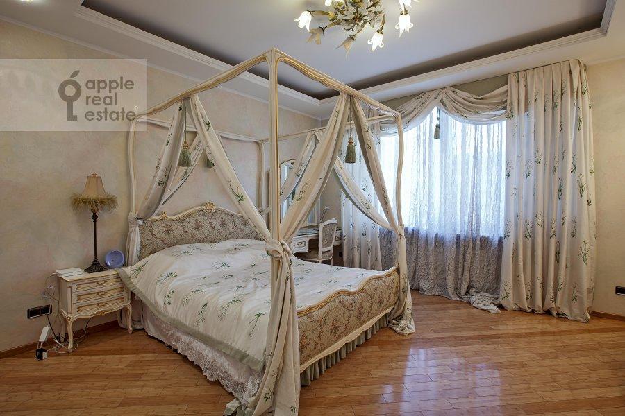 Спальня в 6-комнатной квартире по адресу Ленинский пр-т. 128к1