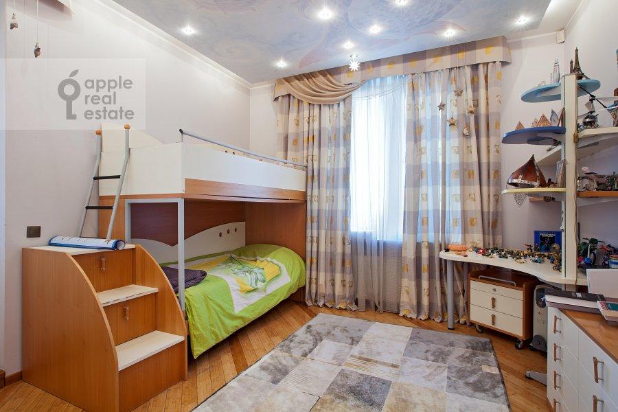 Детская комната / Кабинет в 6-комнатной квартире по адресу Ленинский пр-т. 128к1