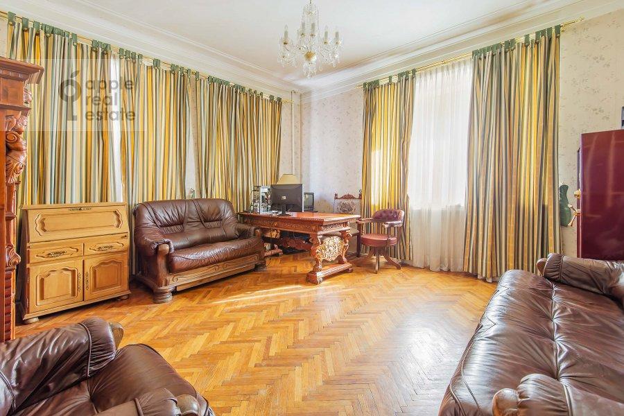 Детская комната / Кабинет в 5-комнатной квартире по адресу Беговая ул. 13