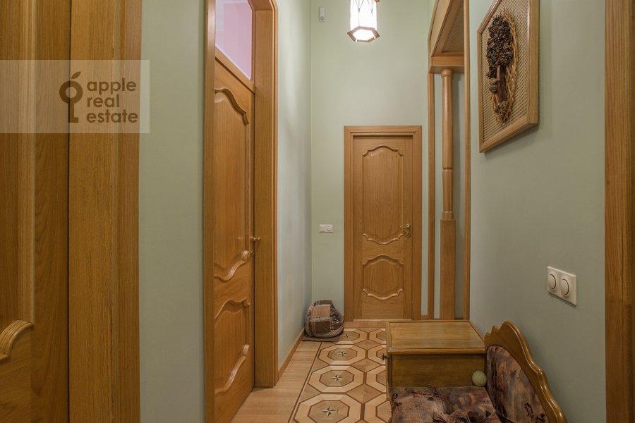 Corridor of the 4-room apartment at Tverskaya ul. 12s8