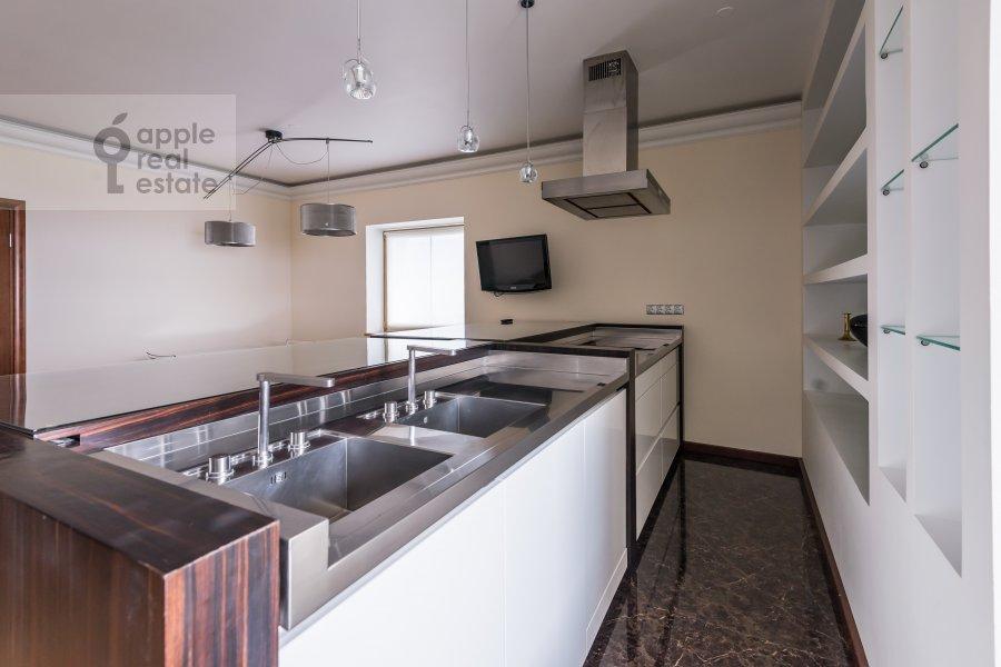 Kitchen of the 4-room apartment at Khoroshevskoe shosse 16k1