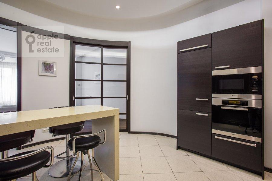 Kitchen of the 4-room apartment at Beregovaya ul. 4k2