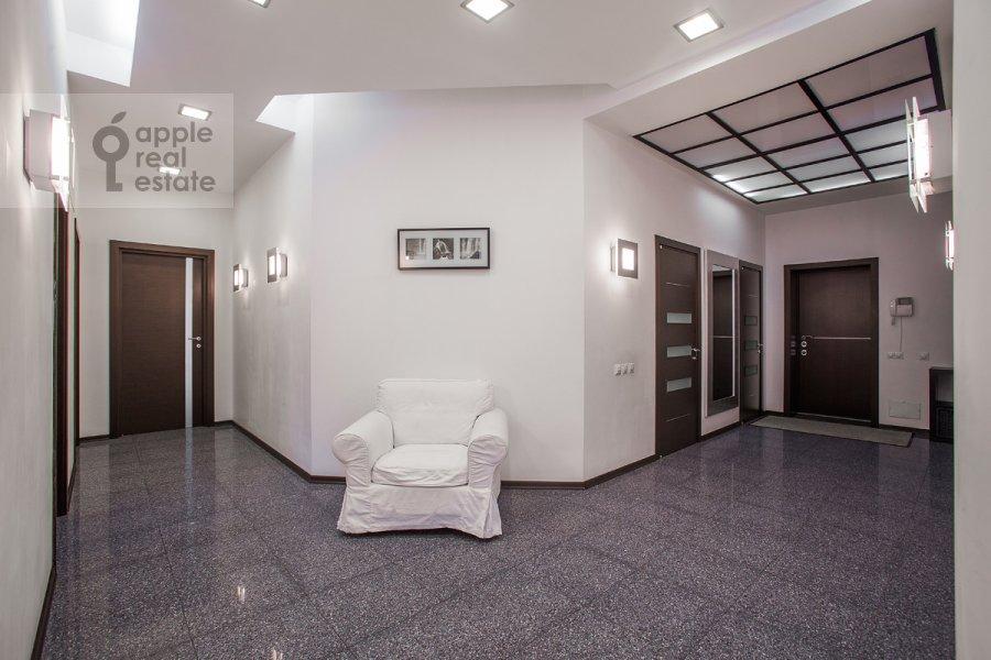 Corridor of the 4-room apartment at Beregovaya ul. 4k2