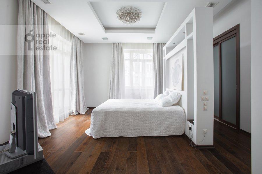 Bedroom of the 4-room apartment at Beregovaya ul. 4k2
