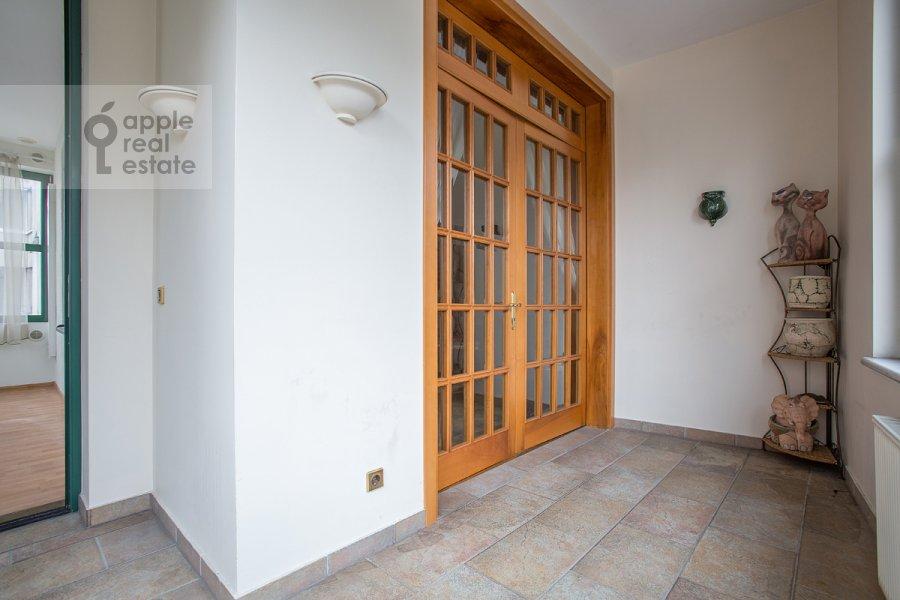 Corridor of the 4-room apartment at Lesnaya ul. 6k1