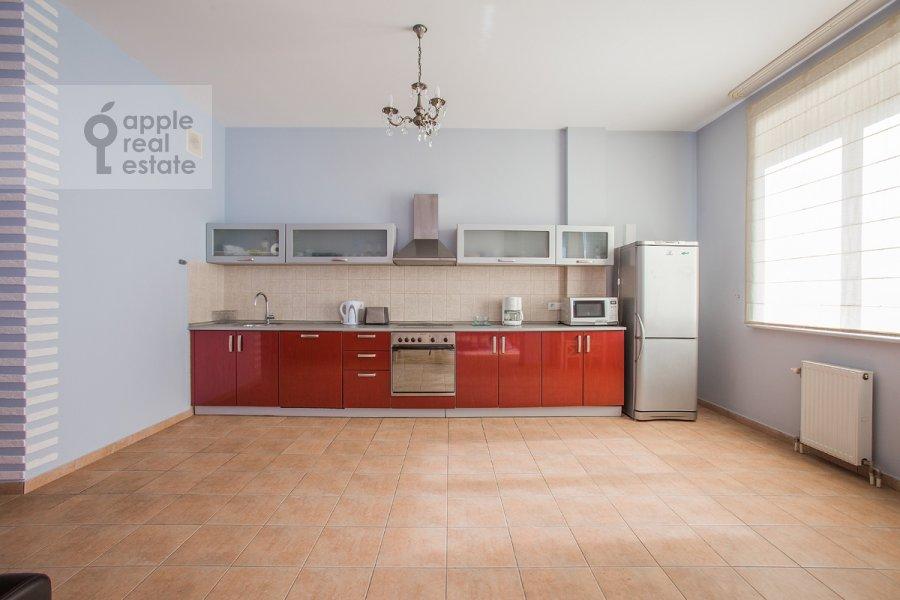 Kitchen of the 3-room apartment at Krasnoproletarskaya ul. 9/2