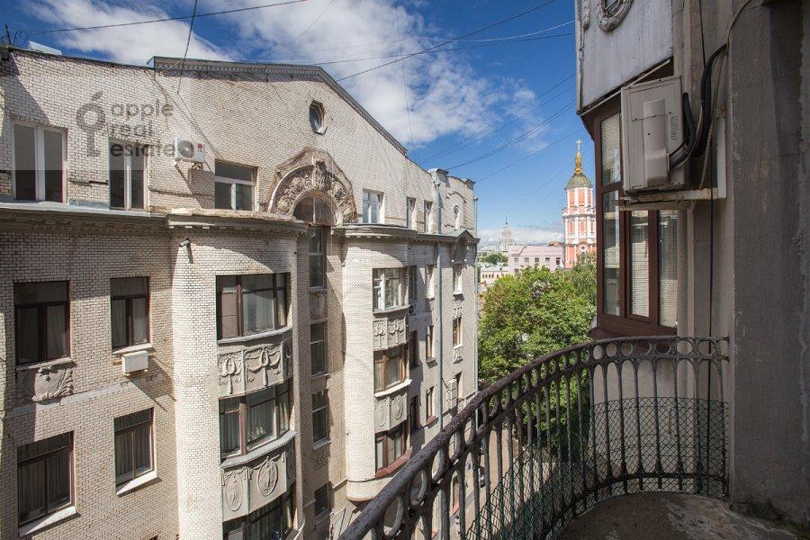 Balcony / Terrace / Loggia of the 4-room apartment at Krivokolennyy per. 14/1