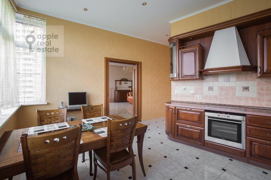 Kitchen of the 2-room apartment at Udal'tsova ul. 23