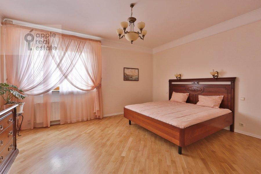Спальня в 3-комнатной квартире по адресу Большая Серпуховская ул. 25с2