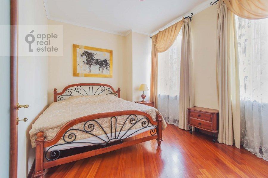 Bedroom of the 2-room apartment at Tverskaya ul. 4k1
