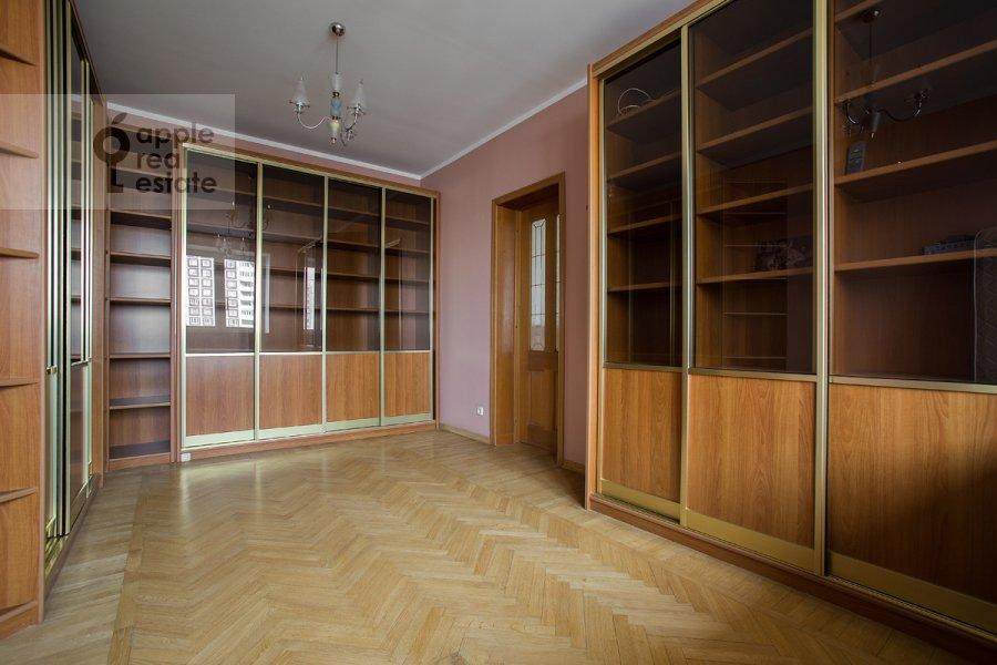 Детская комната / Кабинет в 4-комнатной квартире по адресу Архитектора Власова ул. 22