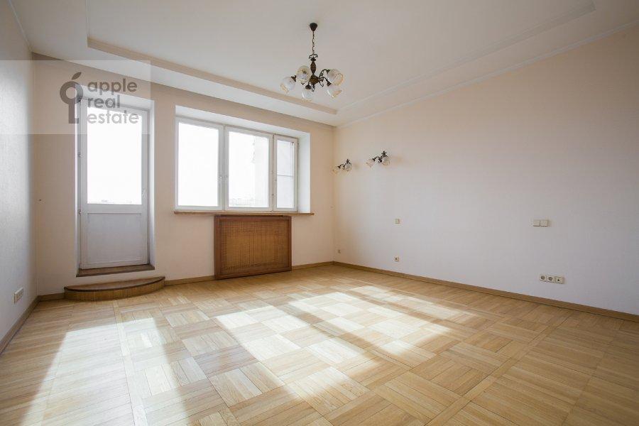 Спальня в 4-комнатной квартире по адресу Архитектора Власова ул. 22