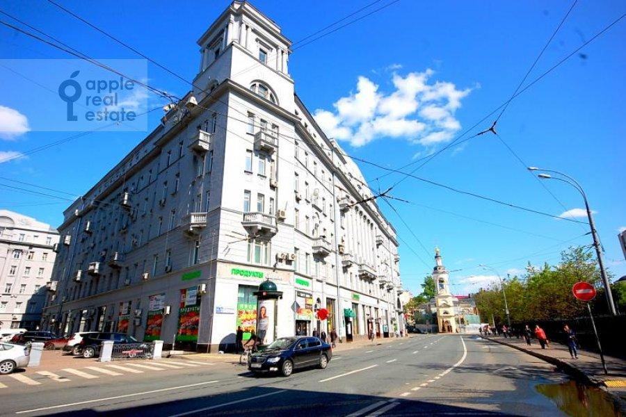 Фото дома 3-комнатной квартиры по адресу Солянка ул. 1/2с2