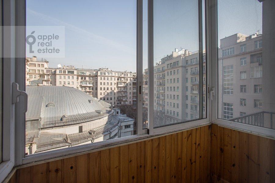 Balcony / Terrace / Loggia of the 5-room apartment at Serafimovicha ul. 2