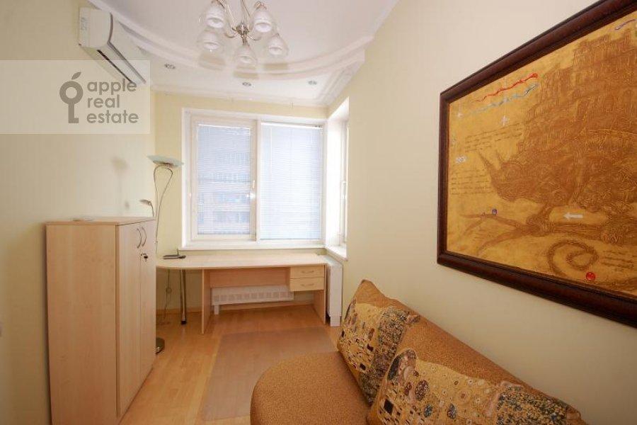 Спальня в 3-комнатной квартире по адресу Маршала Соколовского ул. 5