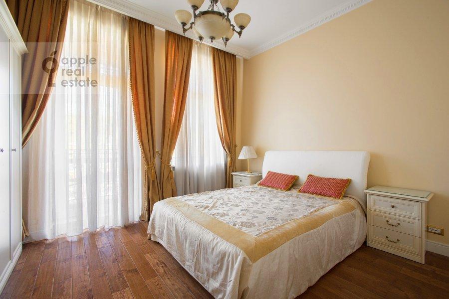 Bedroom of the 3-room apartment at Raspletina ul. 14