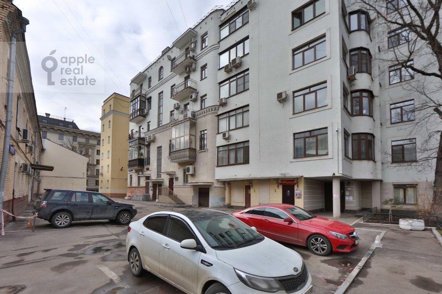 Фото дома 4-комнатной квартиры по адресу Ордынка Малая ул. 13с1а