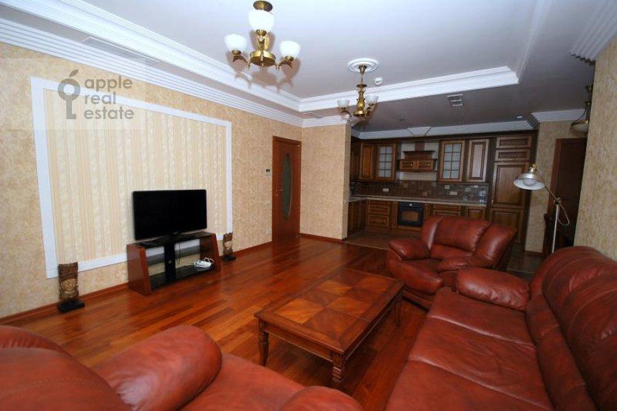 Living room of the 3-room apartment at Aviatsionnaya ul. 77k5