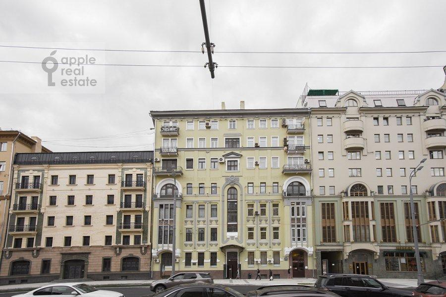 Фото дома 3-комнатной квартиры по адресу Садовая-Кудринская улица 23с1
