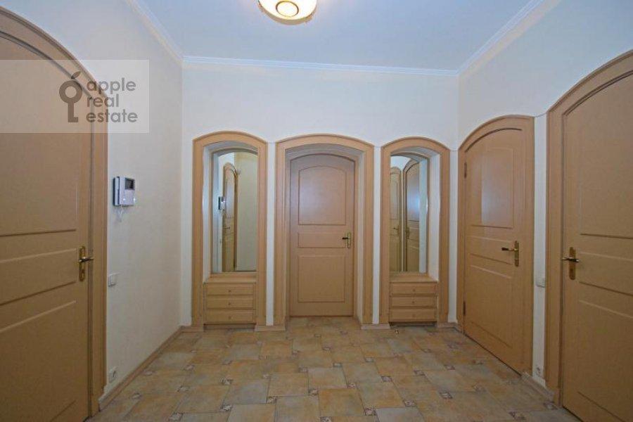 Corridor of the 3-room apartment at Trubnikovskiy per. 24s1