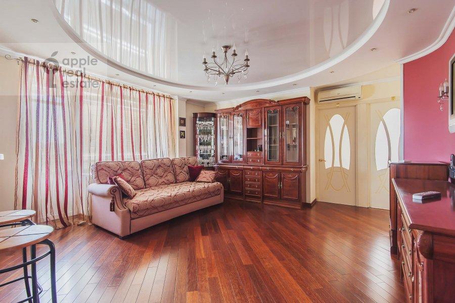 Гостиная в 3-комнатной квартире по адресу Бахрушина ул. 4с1