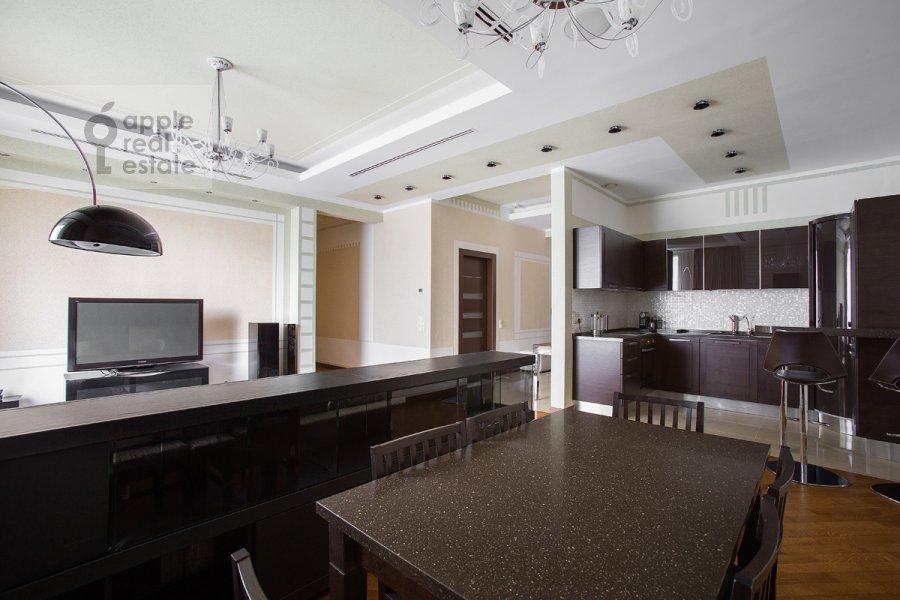 Кухня в 4-комнатной квартире по адресу Грузинская Большая ул. 69