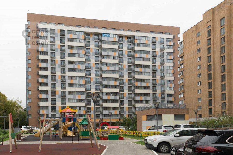 Photo of the house of the 4-room apartment at Marshala Biryuzova ul. 31