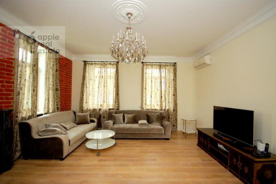 Гостиная в 3-комнатной квартире по адресу Тверская ул. 29к1