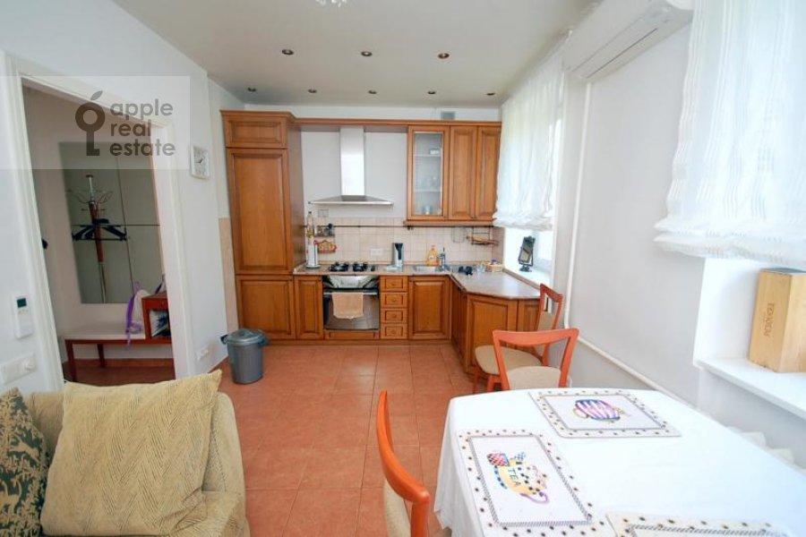 Kitchen of the 2-room apartment at Skakovaya ul. 18k2