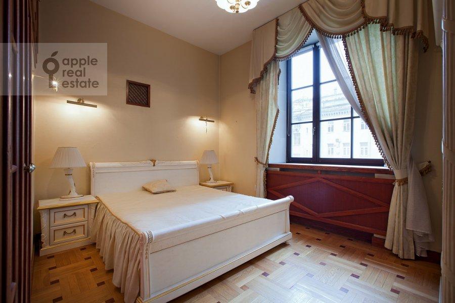 Bedroom of the 6-room apartment at Sretenskiy bul'v. 6/1