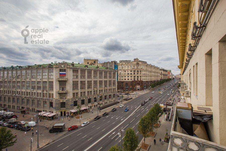 Вид из окна в 4-комнатной квартире по адресу Тверская ул. 4