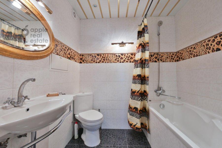 Bathroom of the 2-room apartment at Khoroshevskoe shosse 16k2