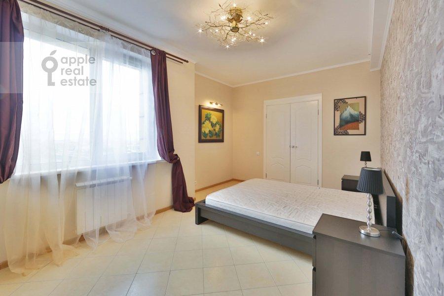 Bedroom of the 2-room apartment at Khoroshevskoe shosse 16k2