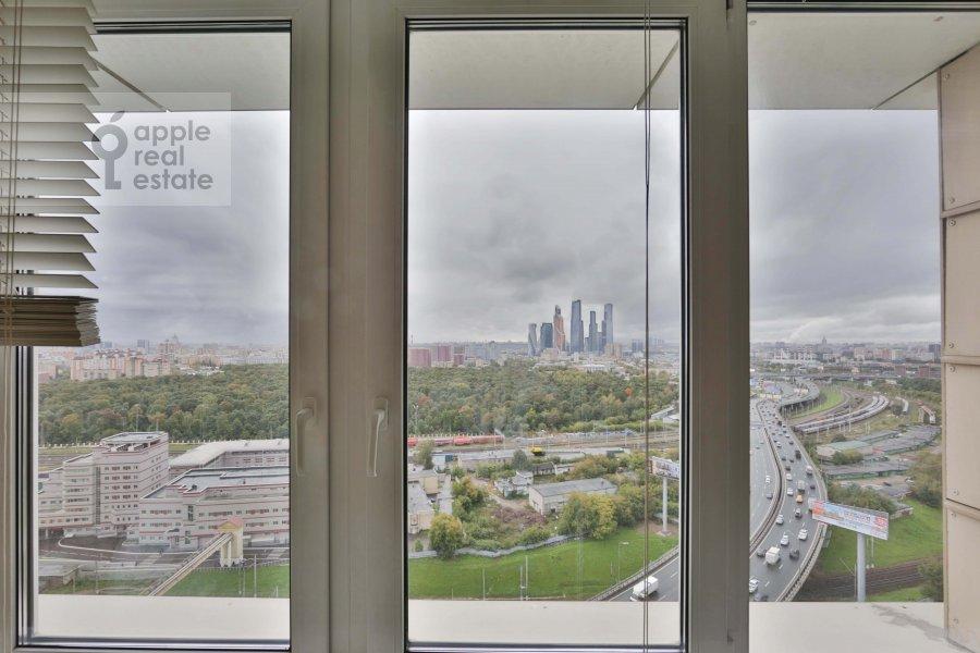 View from the window of the 2-room apartment at Khoroshevskoe shosse 16k2