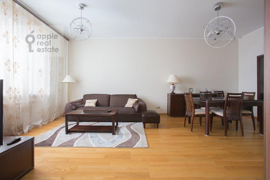 Living room of the 3-room apartment at Krylatskie Kholmy ul. 33k1