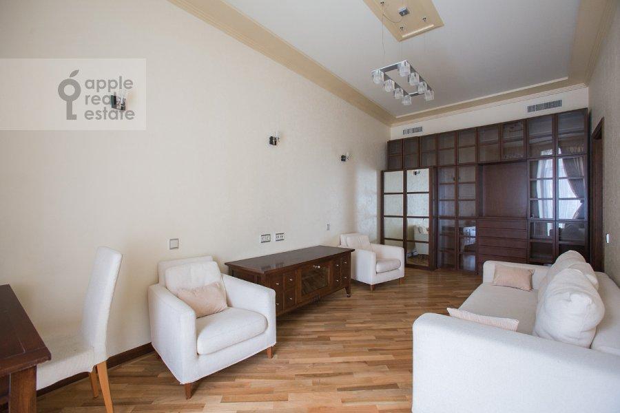 Детская комната / Кабинет в 4-комнатной квартире по адресу Молочный пер. 1