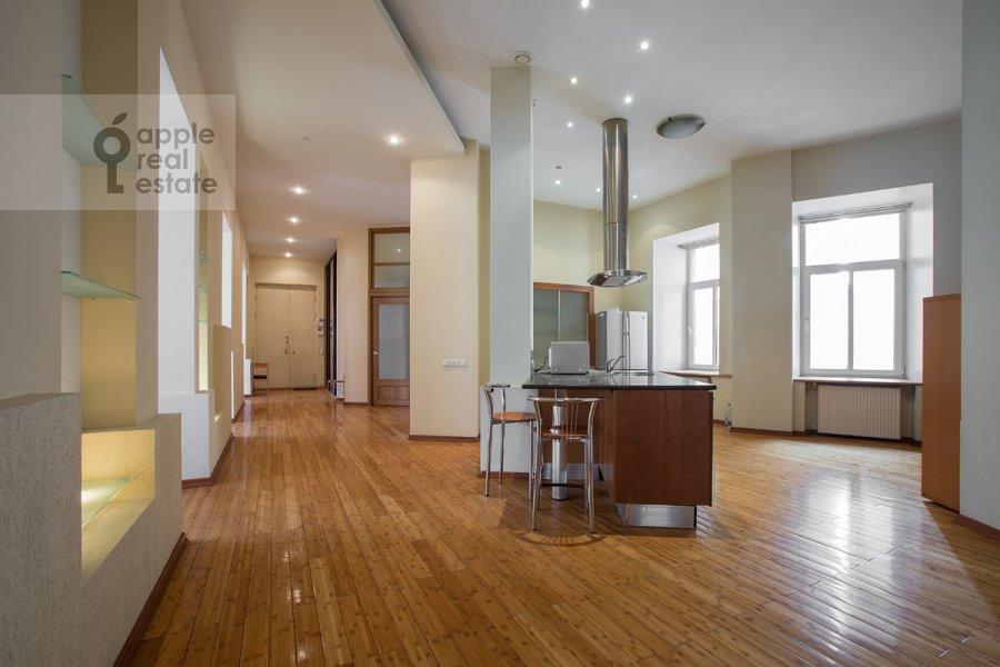 Кухня в 4-комнатной квартире по адресу Кривоколенный пер. 14
