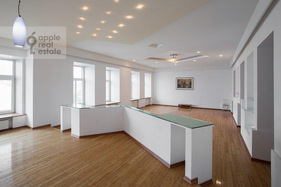 Гостиная в 4-комнатной квартире по адресу Кривоколенный пер. 14