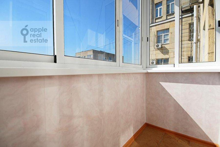 Balcony / Terrace / Loggia of the 5-room apartment at Goncharnaya ul. 26k1