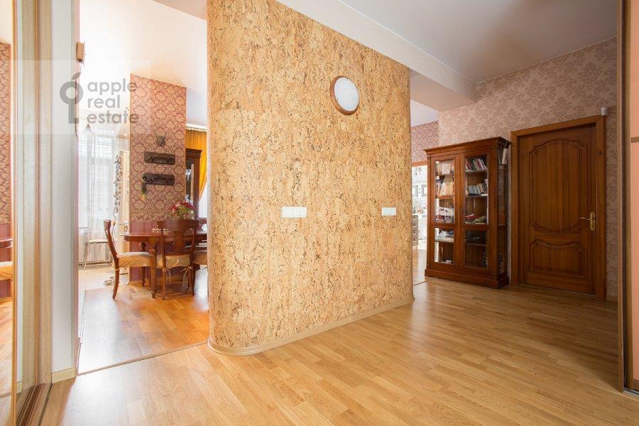 Коридор в 3-комнатной квартире по адресу Бродников пер. 10с2