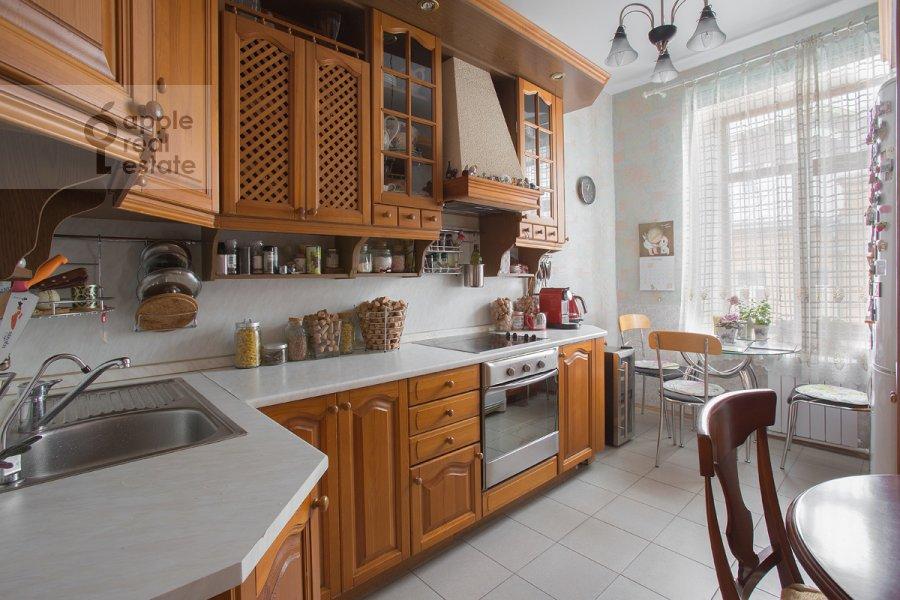 Кухня в 3-комнатной квартире по адресу Бродников пер. 10с2