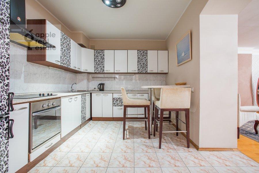 Кухня в 3-комнатной квартире по адресу Вавилова ул. 97