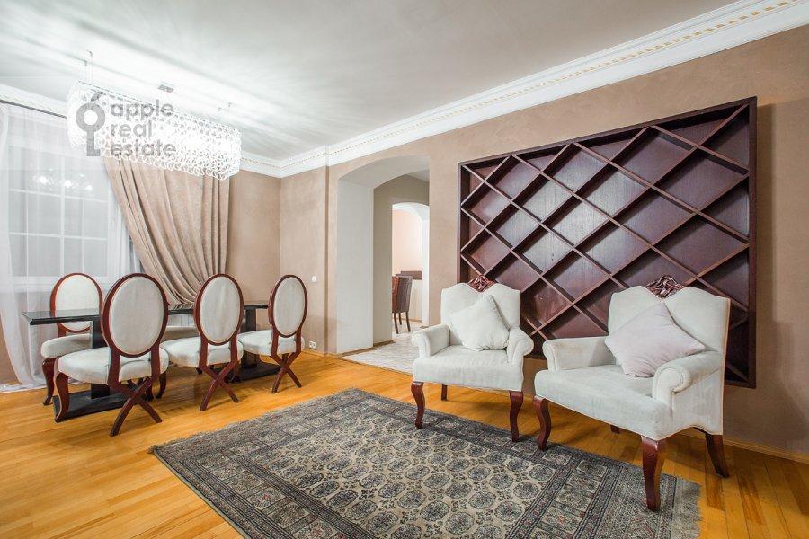 Гостиная в 3-комнатной квартире по адресу Вавилова ул. 97