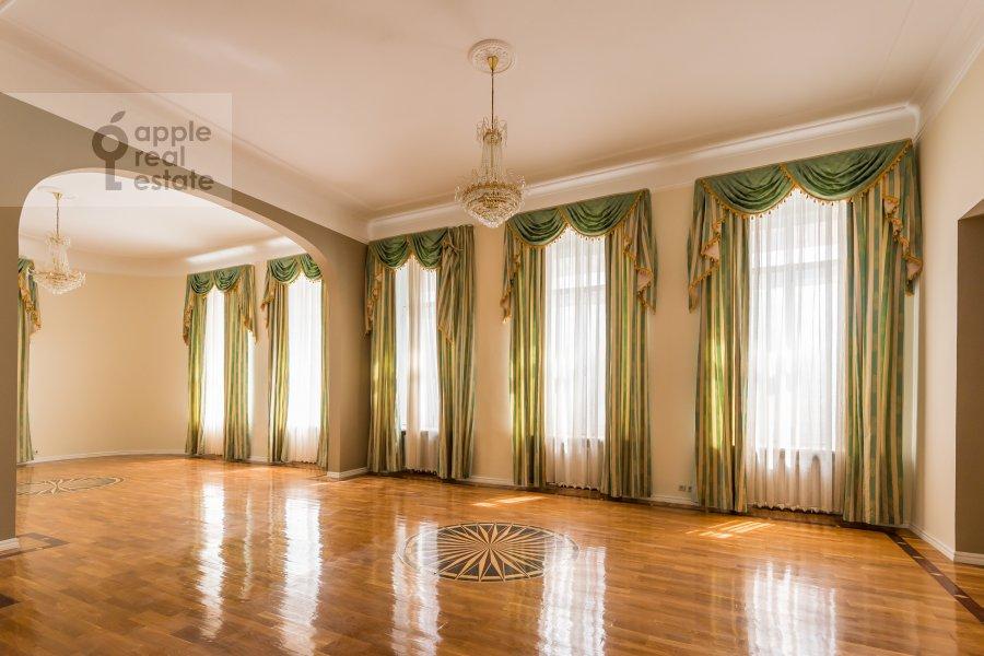 Гостиная в 6-комнатной квартире по адресу Мясницкая ул. 24с1