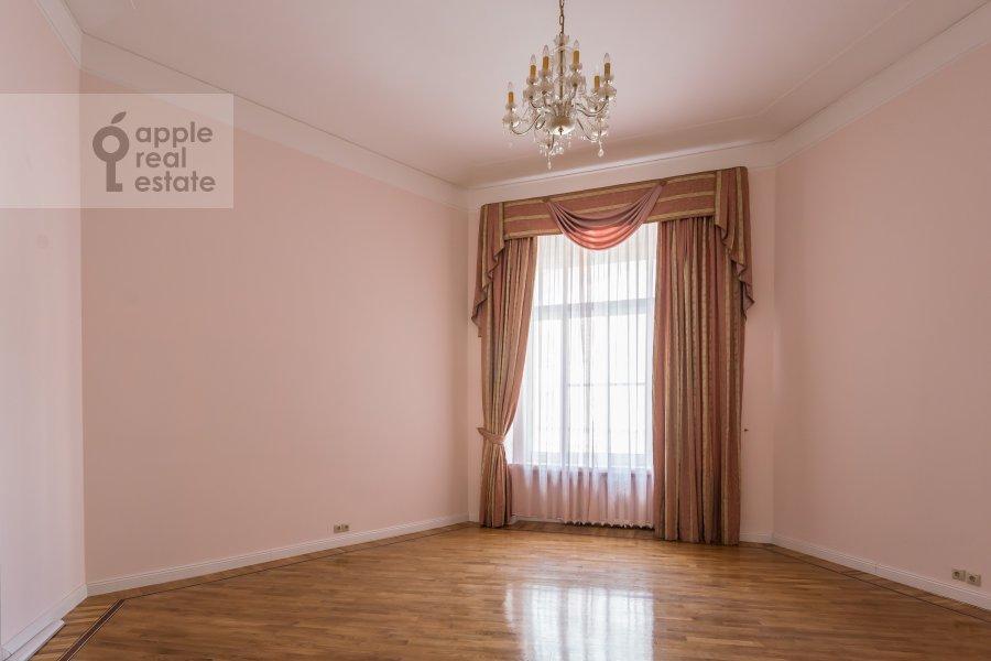 Спальня в 6-комнатной квартире по адресу Мясницкая ул. 24с1