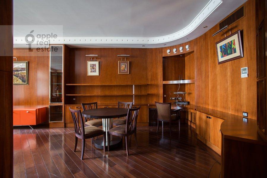 Гостиная в 2-комнатной квартире по адресу Плотников переулок 21с1