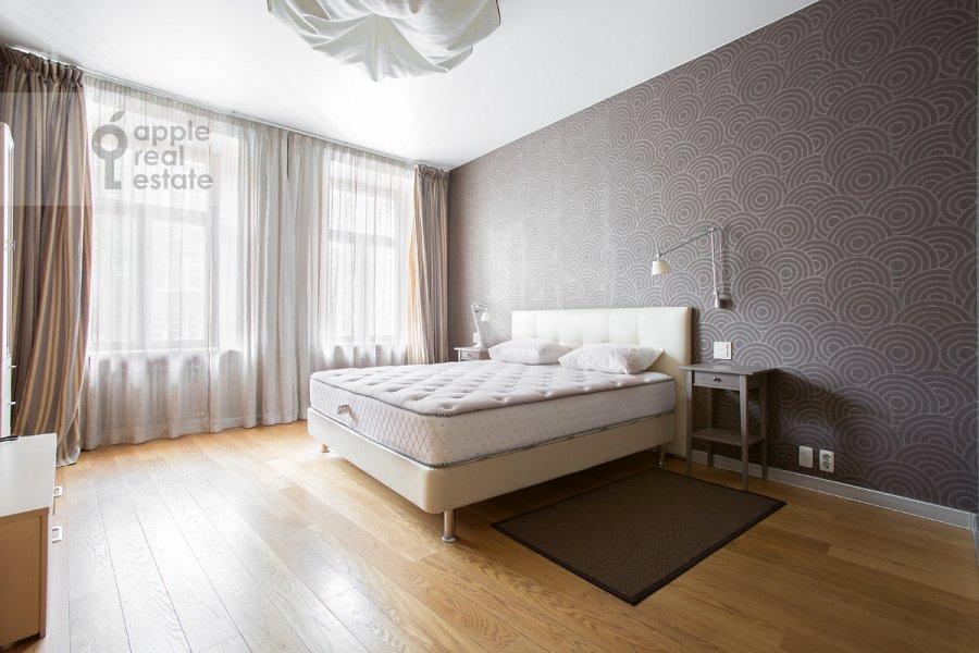 Bedroom of the 4-room apartment at Staropimenovskiy per. 8