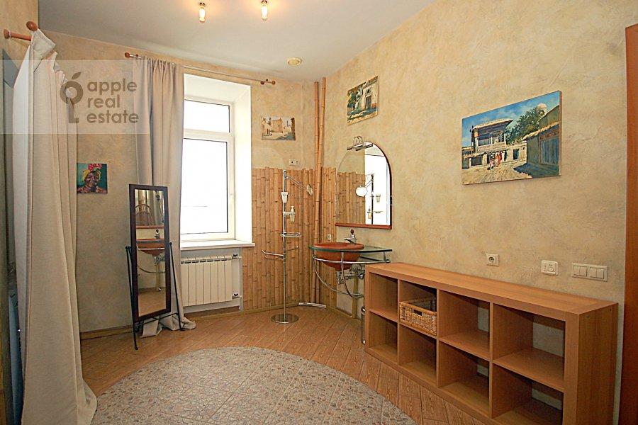 Children's room / Cabinet of the 3-room apartment at Ordynka Bol'shaya ul. 67