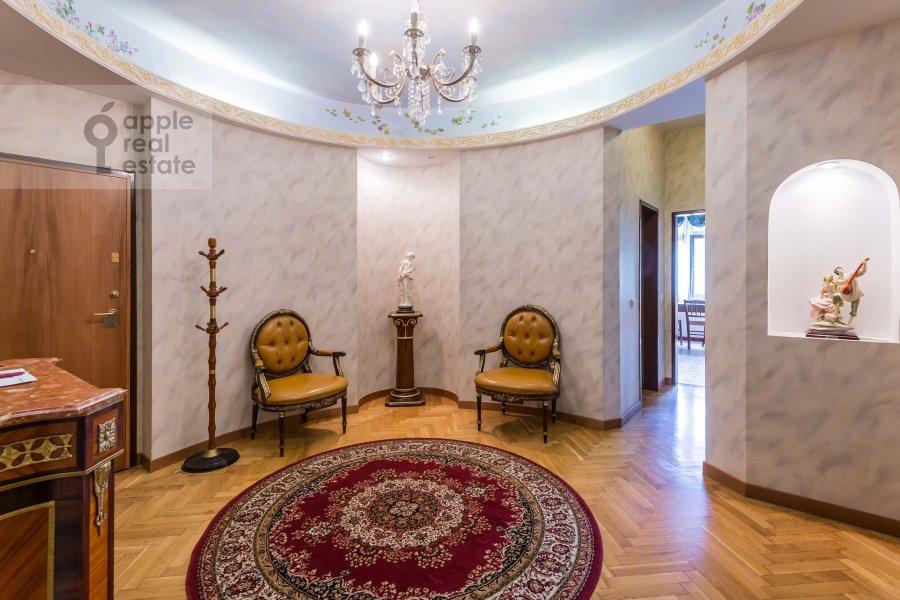 Corridor of the 3-room apartment at Lesnaya ul. 6k1