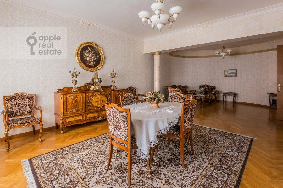 3-room apartment at Lesnaya ul. 6k1